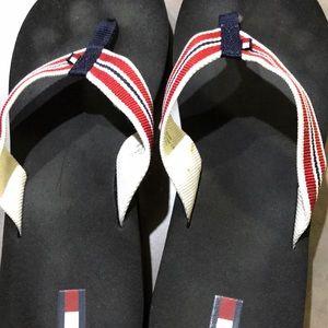 Like new flip flops